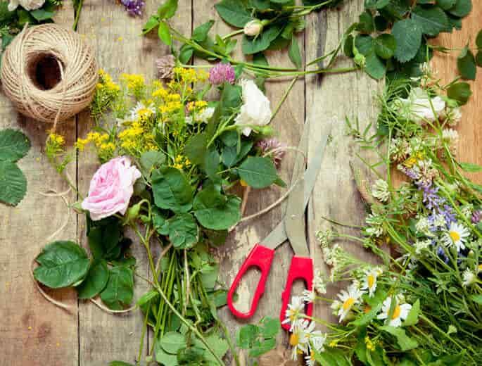 Blumendekoration selber machen