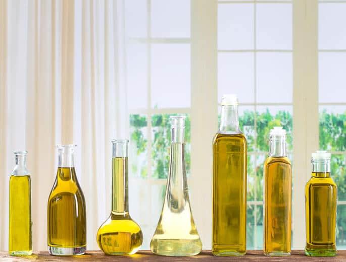 Küchenöle Flaschen