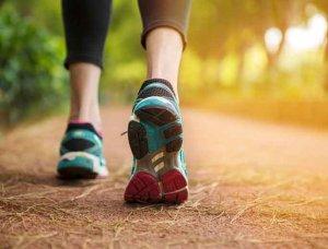 Regelmäßige Bewegung Schuhe