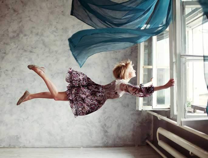 Traumdeutung Fliegende Frau
