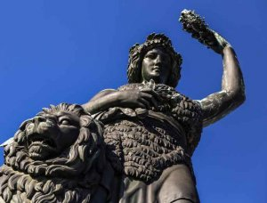Oktoberfest Bavaria Statue