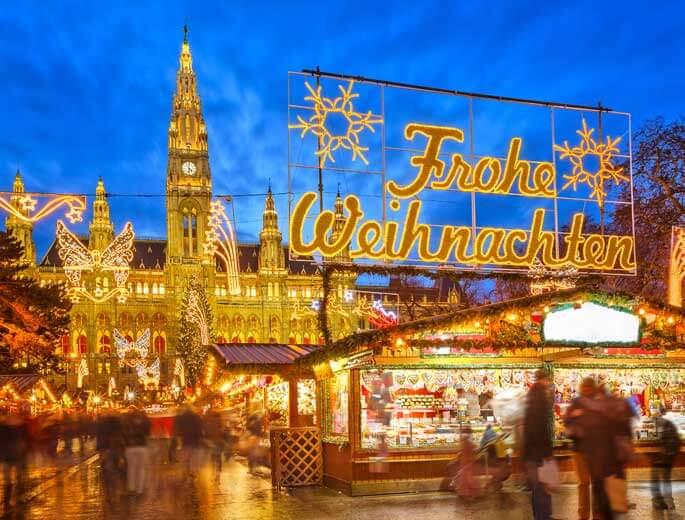 Weihnachtsmärkte Beleuchteter Weihnachtsmarkt in Wien