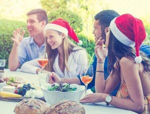 Weihnachten in Australien Freunde im Garten