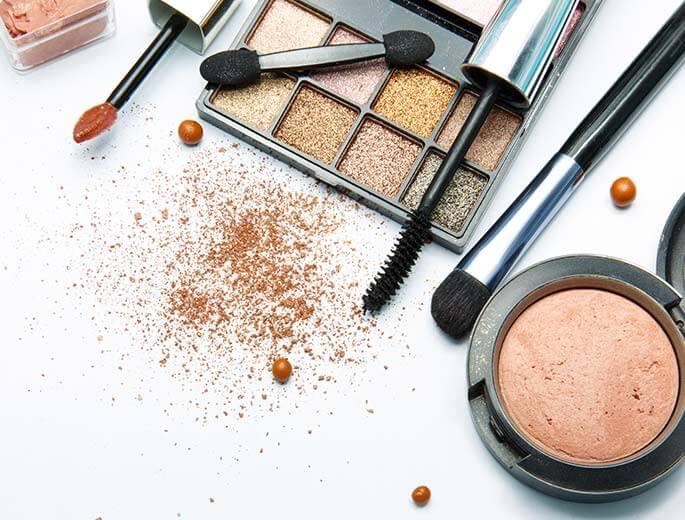 <a class=&quot;amazingslider-posttitle-link&quot; href=&quot;https://silberherzen.de/beauty-trends-2018/&quot;>Das sind die Beauty Trends 2018!</a>