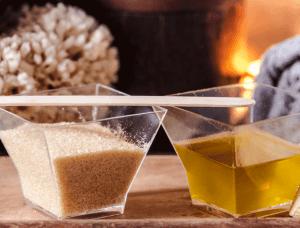 trockene knie Zucker-Öl-Peeling