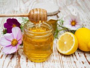 Honig und Zitrone