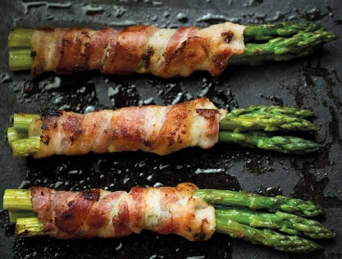 Spargel mit Bacon vom Grill