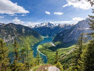 Königssee im bayerischen Nationalpark Berchtesgaden