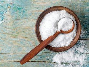 Salz in Schüssel